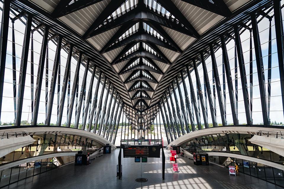 aeroport Lyon saint Exupéry